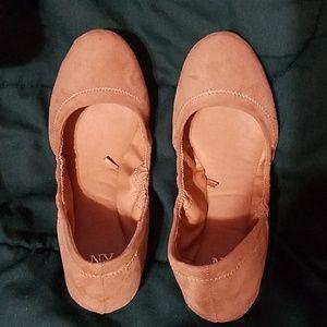 Tan flats size 7
